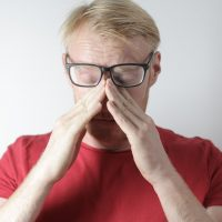 Comment savoir si son nez est cassé ? Symptômes, cartilage,…
