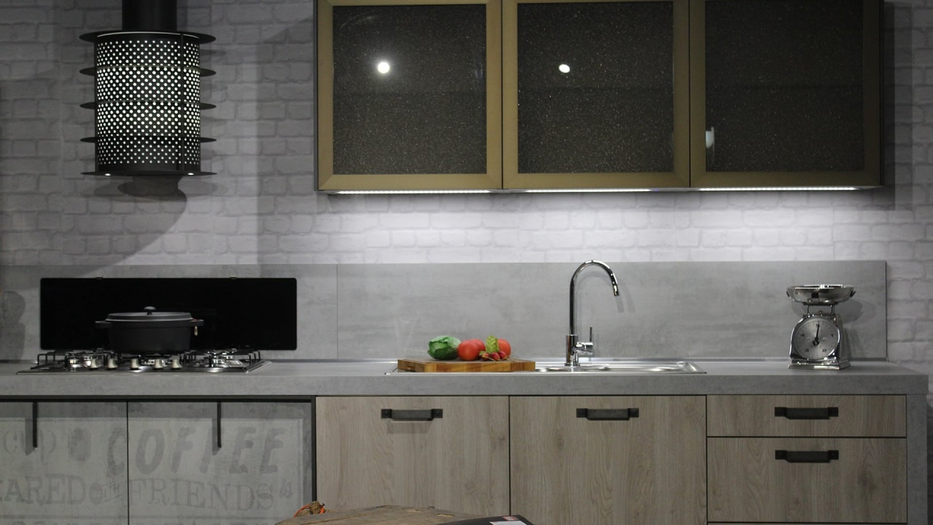 Des éléments de cuisine et des cuisines complètes rien que pour vous !