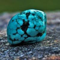 Un collier turquoise pour sublimer votre tenue d'été !